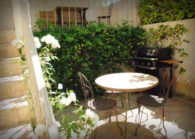 Le patio et son coin repas